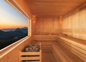 how long shoud you stay in a sauna
